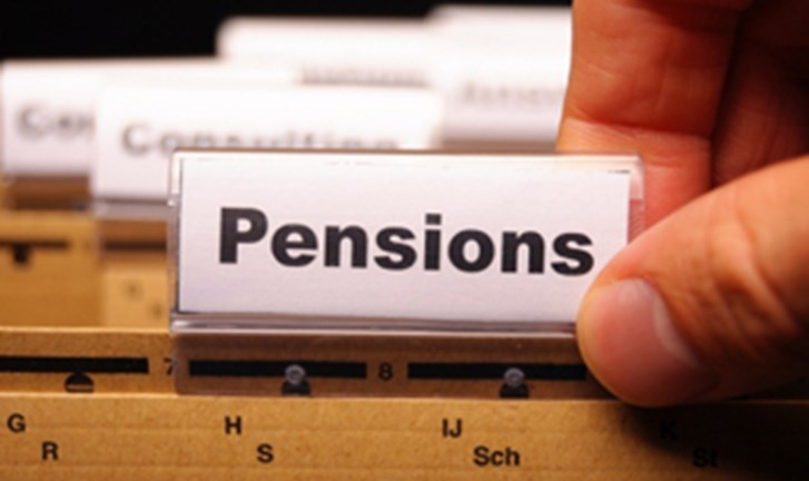 New calculator provides projected pension figures.